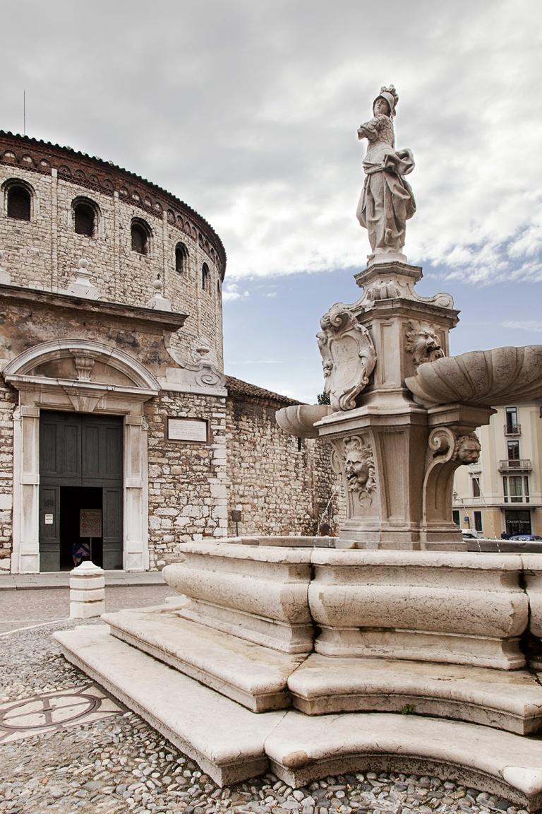 Piazze di Brescia (11)