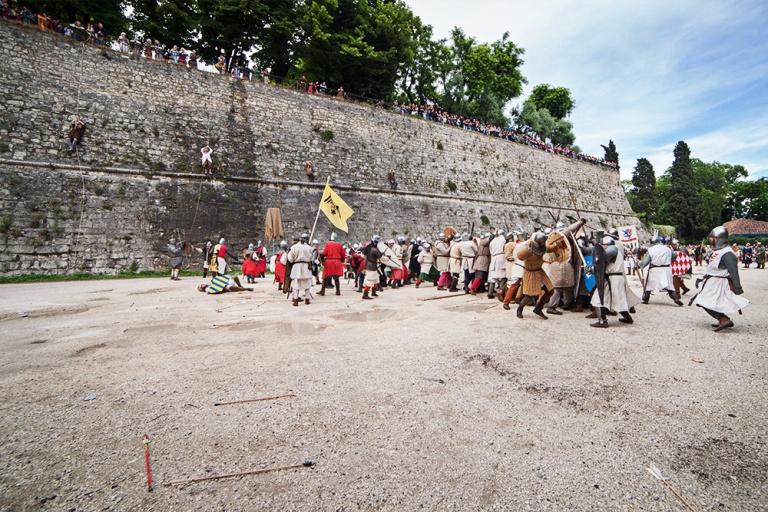 Rievocazione storica castello Confraternita del leone laura gatta (4)