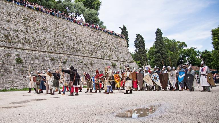 Rievocazione storica castello Confraternita del leone laura gatta (44)
