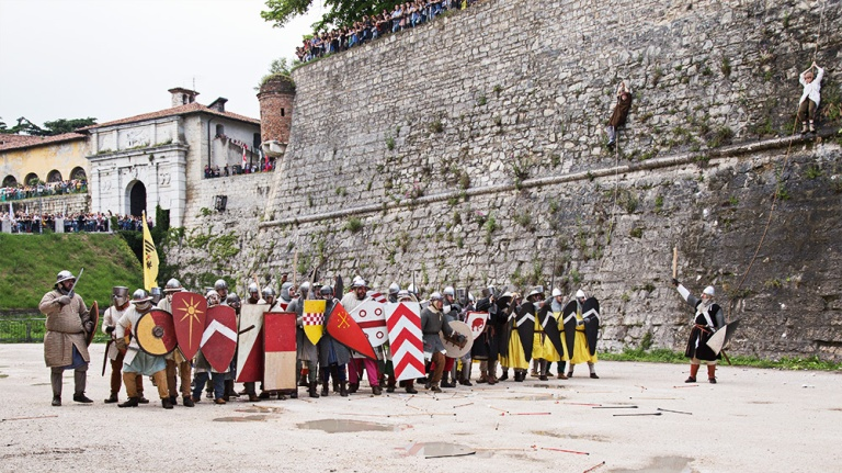 Rievocazione storica castello Confraternita del leone laura gatta (46)