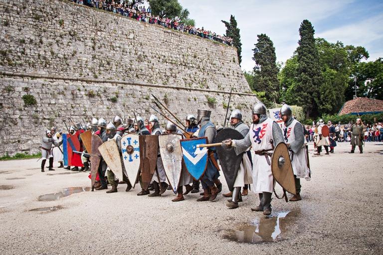 Rievocazione storica castello Confraternita del leone laura gatta (47)