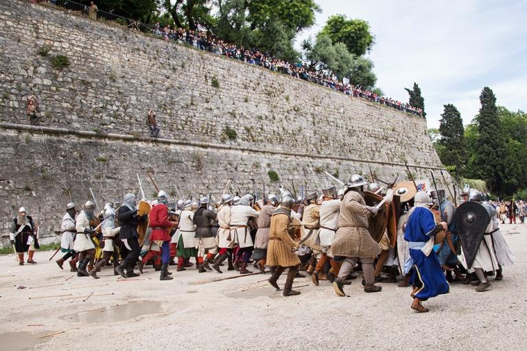 Rievocazione storica castello Confraternita del leone laura gatta (50)